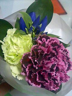 花でも…。
